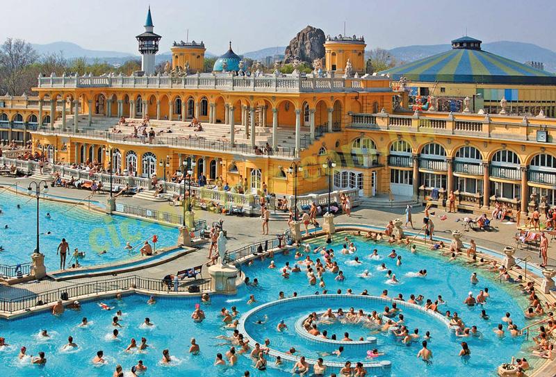 Будапешт термальный. Купальни Сечени в Будапеште. Лечение в Будапеште. Отдых в Будапеште в термальных бассейнах. Велнес-центры Будапешта