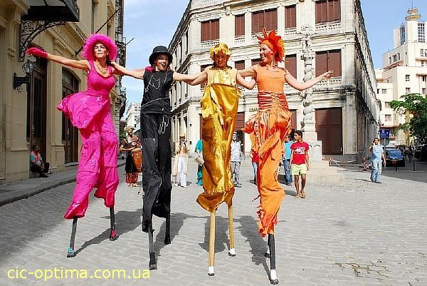 Куба фото. Описание Кубы. Фото Гуантанамо, Варадеро. Пляжи Кубы. Описание отелей Кубы. Кубинский карнавал фото. Остров Куба архитектура